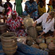Forretningsmøte i landsbyen i Senegal